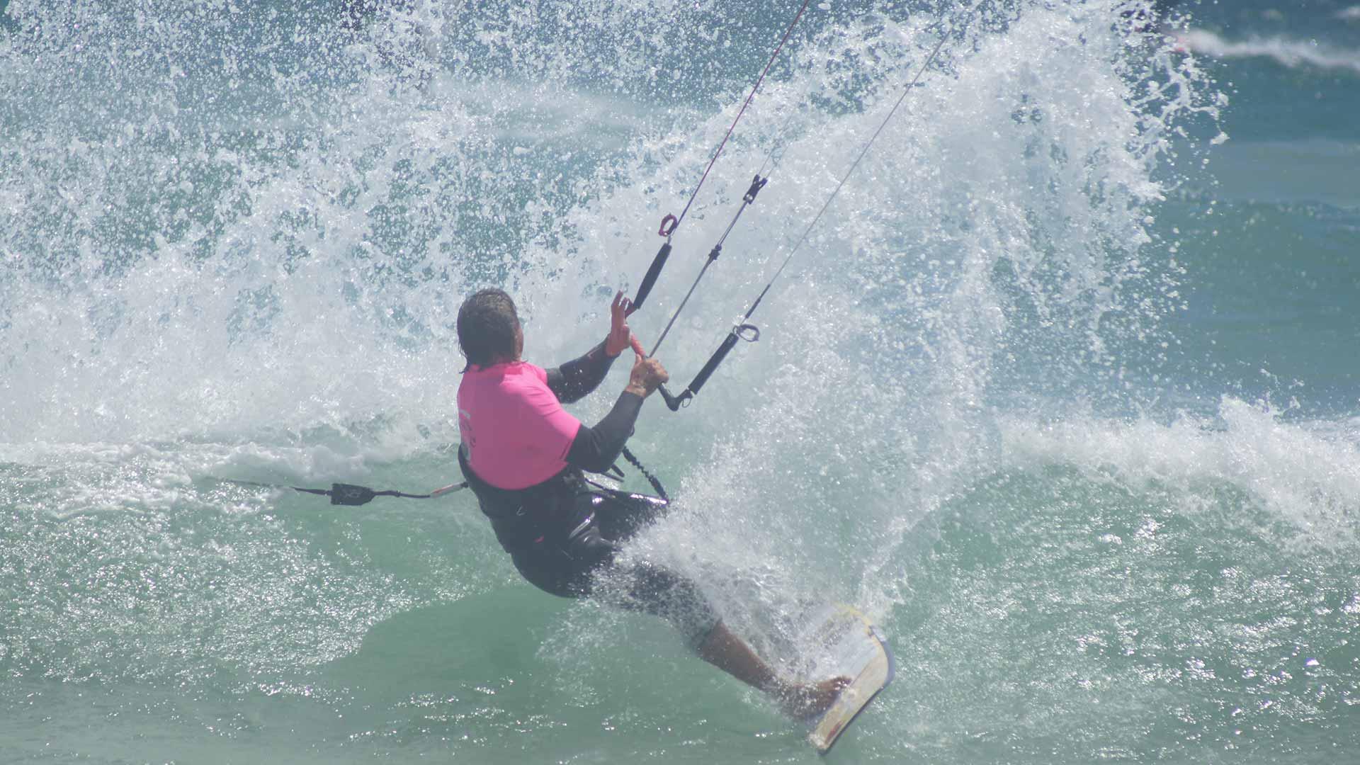 best wave kitesurf camp