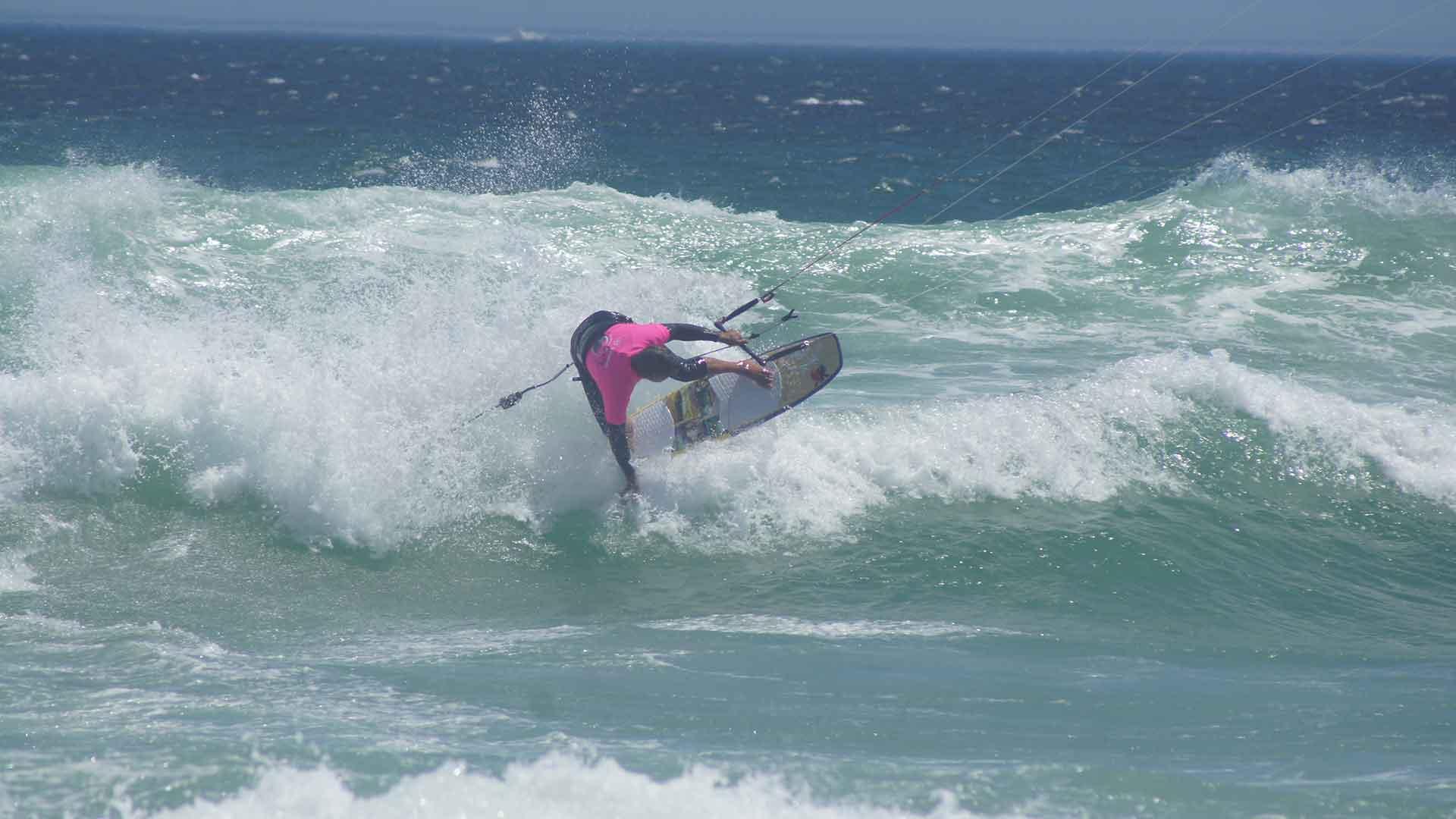 wave kitesurfing camp