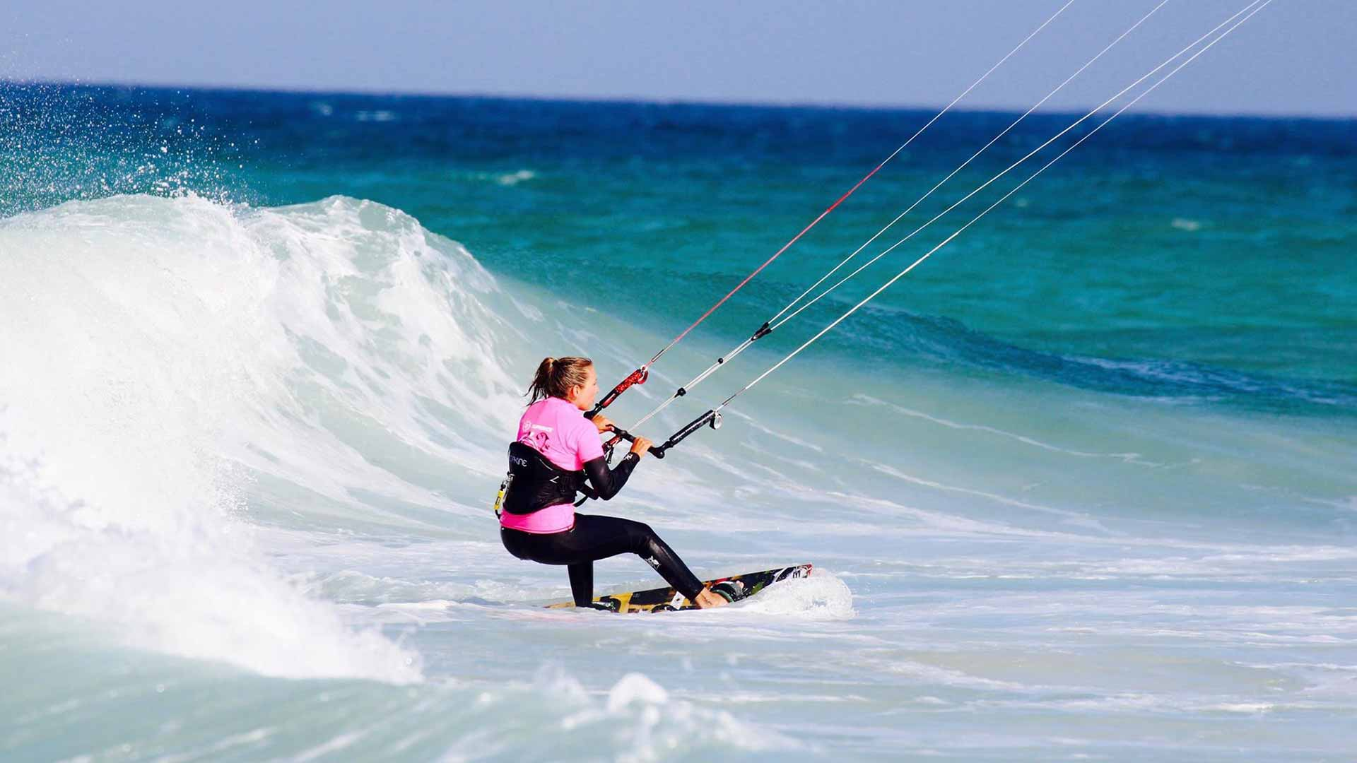 wave kitesurfing course