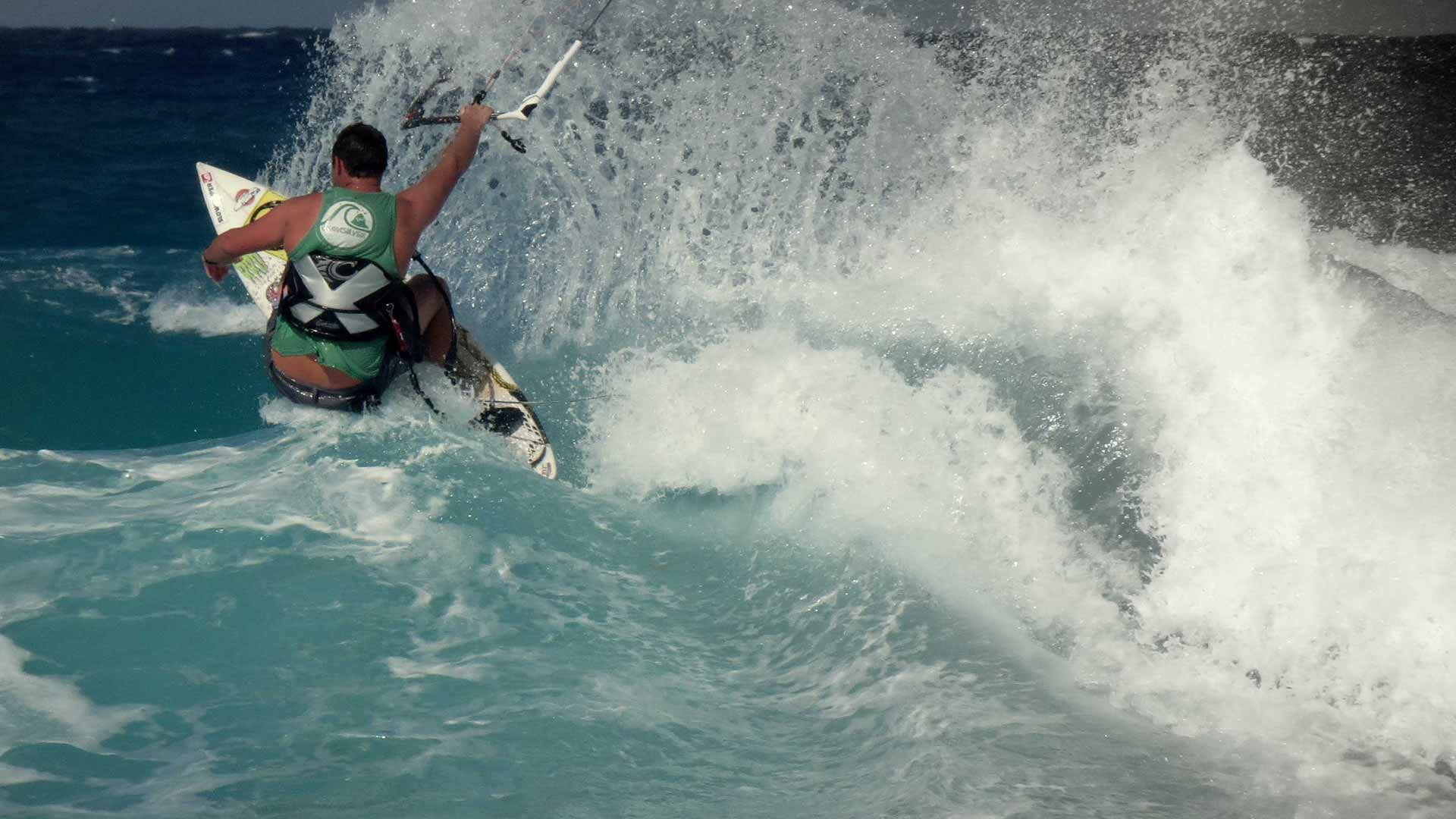 wave kitesurfing school