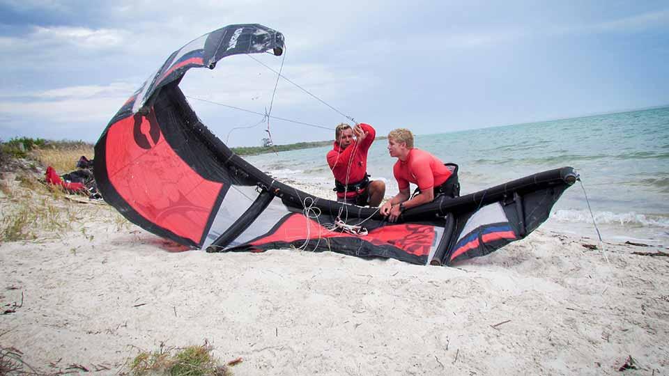 kitesurfing beginner lessons