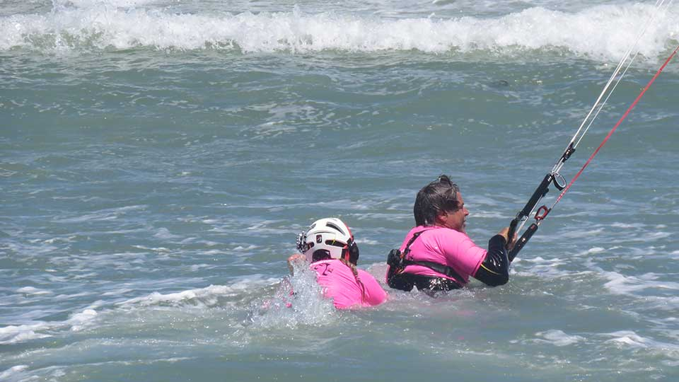 learn kitesurfing lessons
