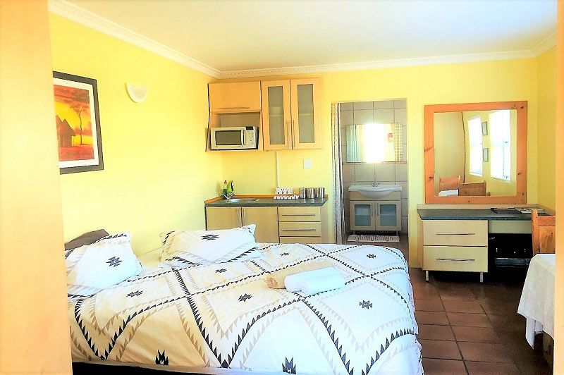 kitesurfing guesthouse apartment cape town