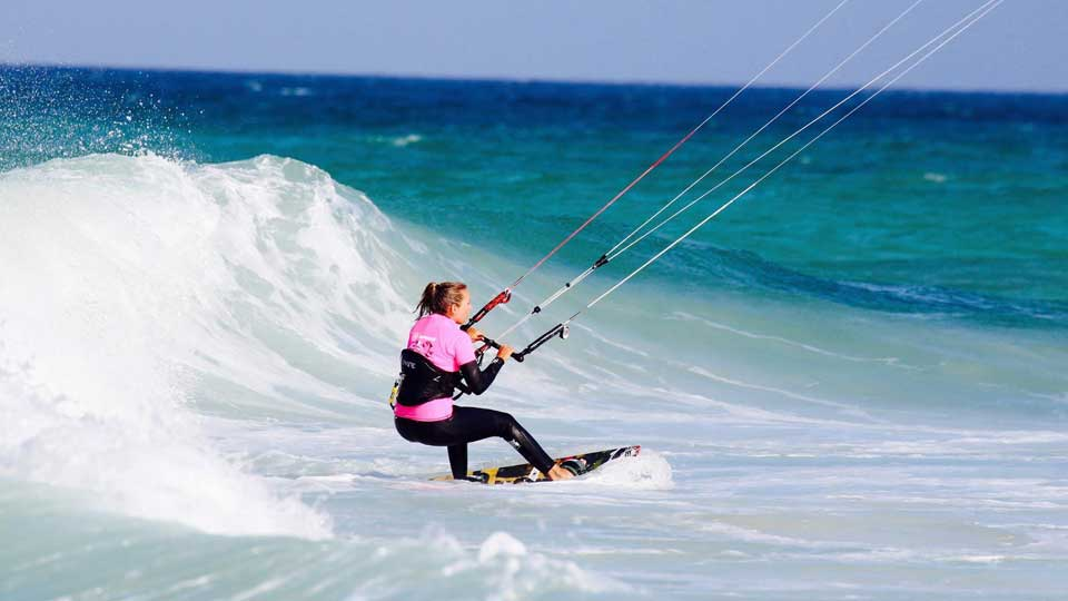 best wave kitesurfing course