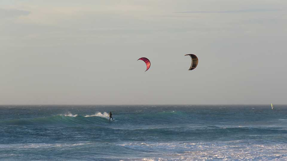 the best wave kitesurfing school sunset beach