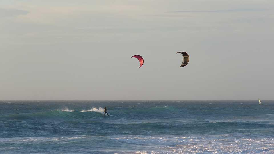 the best wave kitesurfing school sunset beach
