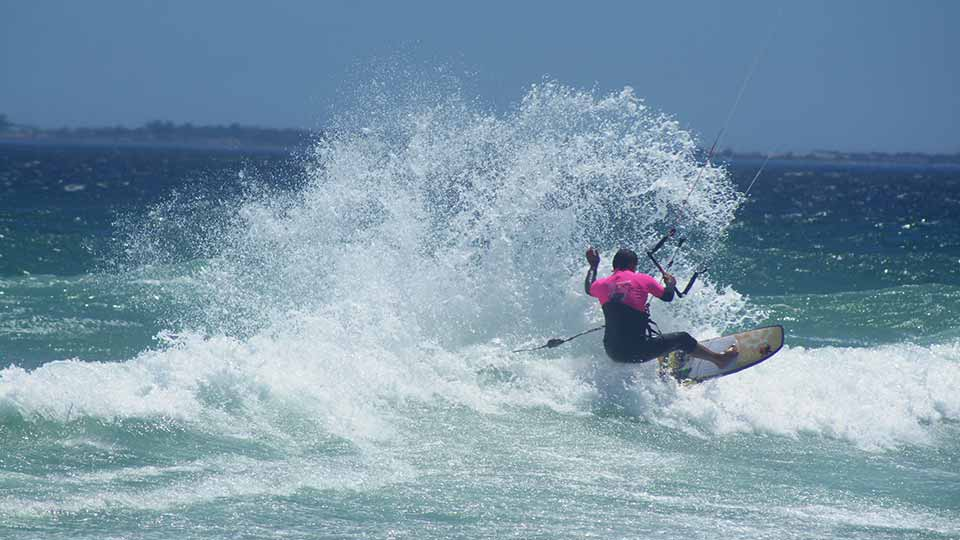 wave kitesurfing south africa 4a